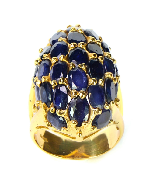 Sapphires Ring