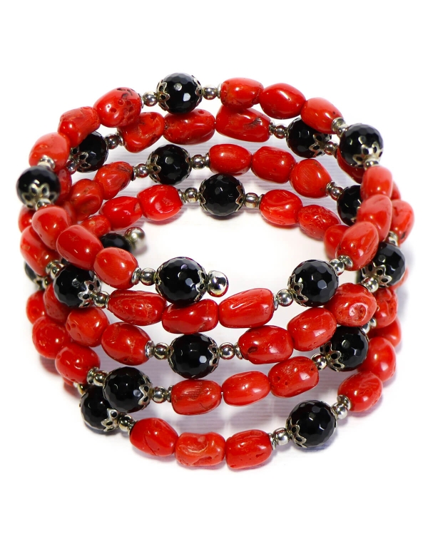 Bracelet with Coral and Onyx
