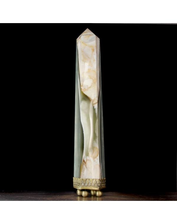 Obelisk Agata