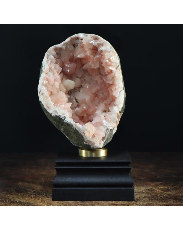 Stilbite and Apophyllite on base