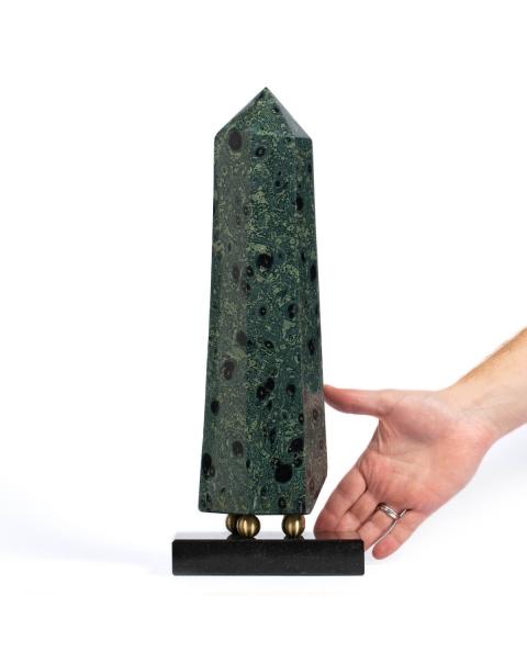Kambaba Obelisk