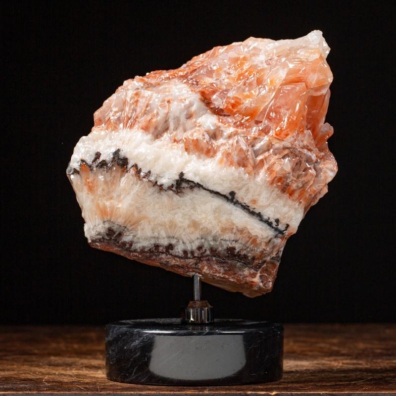 Tuscan onyx on marble base