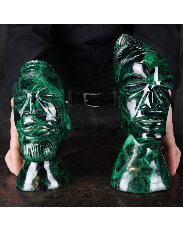 Congo sovereign statues in Malachite
